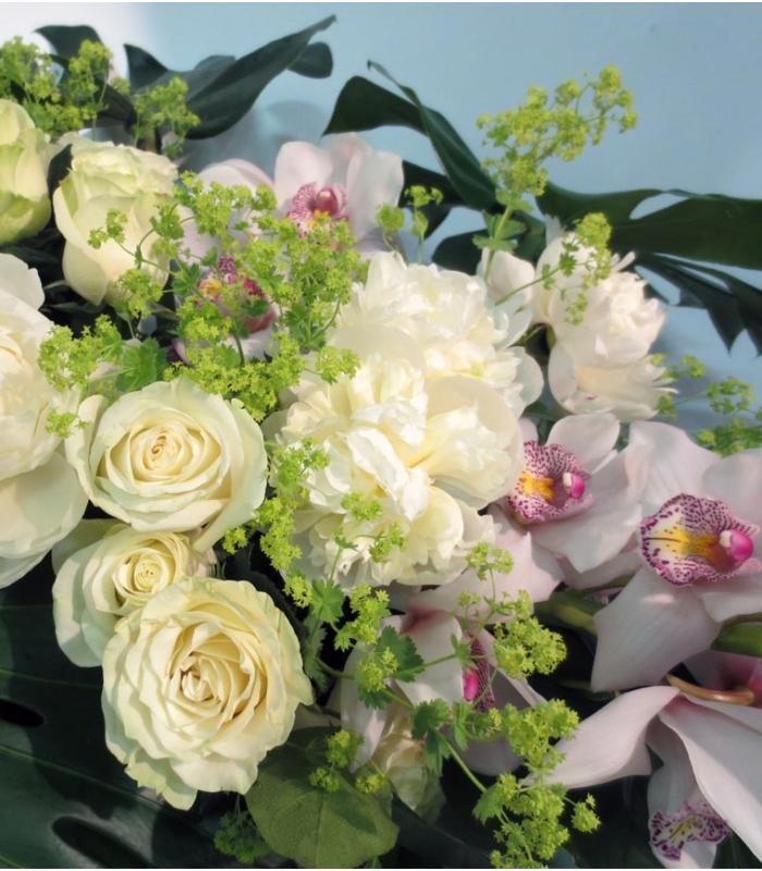 Funeral & Sympathy casket bouquet roses
