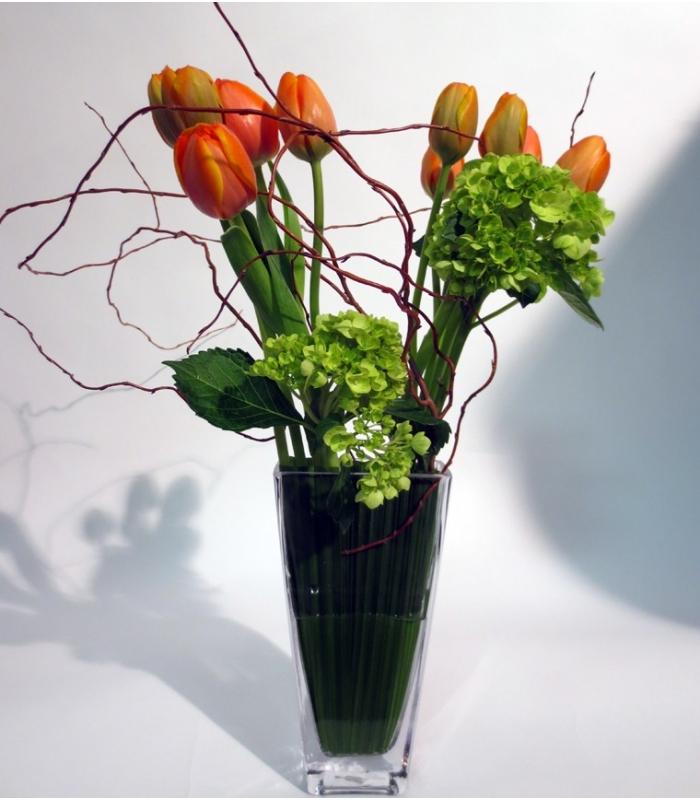 Bouquet printemps avec tulipes livraison laval for Livraison tulipes