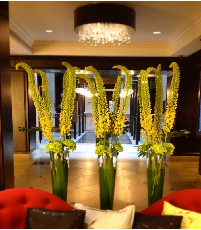 Hotel intercontinental floral design montreal for Bouquet hotel